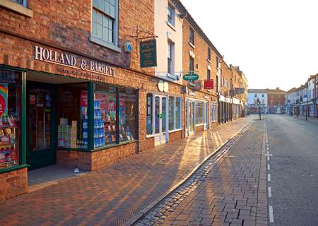 Stourport high street small.jpg